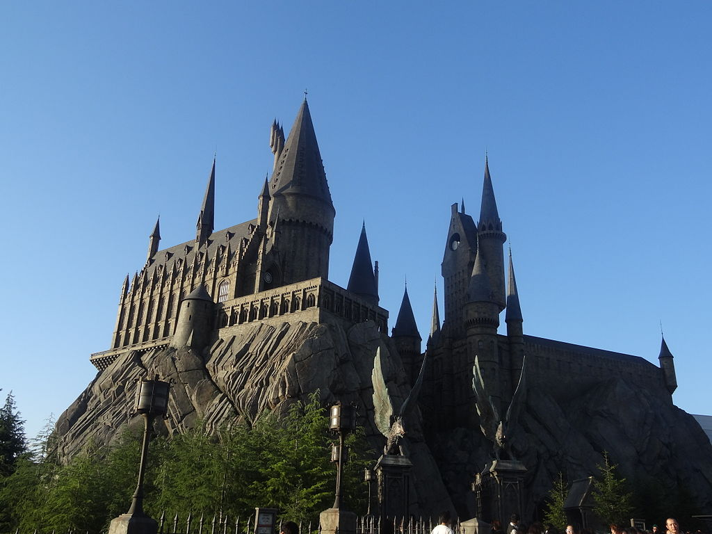 1024px-Harry_Potter_and_the_Forbidden_Journey_USJ